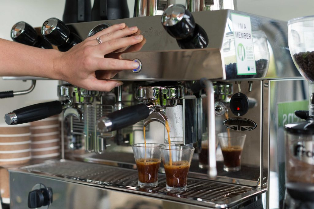 How To Serve Flavoured Coffee To Your Guests At Great Events?
